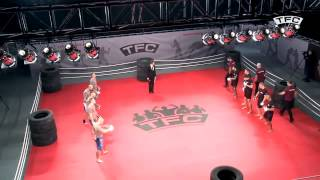 getlinkyoutube.com-Pierwsze legalne walki kibiców na ringu.