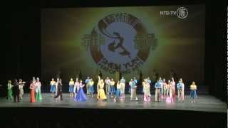 """getlinkyoutube.com-Mississauga Audience Member Says """"Shen Yun is a ten plus show!"""""""