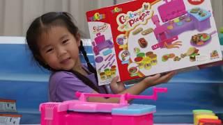 getlinkyoutube.com-เด็กจิ๋วรีวิวของเล่น ชุดแป้งโดว์เตาบาร์บีคิว ตอน1 [N'Prim W293]