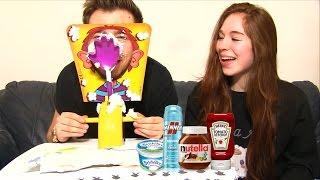 getlinkyoutube.com-PIE FACE CHALLENGE PRANK ! Mousse à raser, Nutella, Ketchup, Moutarde !