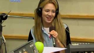 "getlinkyoutube.com-Hyoyeon rapping The Boys ""We're born to win"" Kiss the Radio Oct21.2011 GIRLS' GENERATION Live"