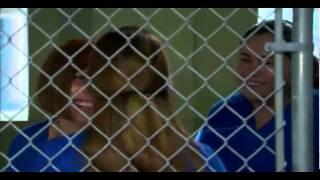 getlinkyoutube.com-Corazon valiente - Angela pelea en el carcel