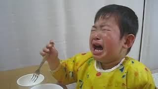 getlinkyoutube.com-泣きながら「パパ」
