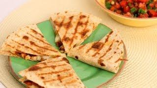 getlinkyoutube.com-Chicken Quesadilla Recipe - Laura Vitale - Laura in the Kitchen Episode 542