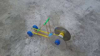 getlinkyoutube.com-สิ่งประดิษฐ์รถพลังยาง#2
