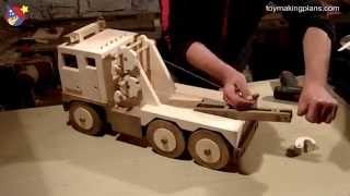 getlinkyoutube.com-Wood Toy Plans - Big Rig Wrecker Truck