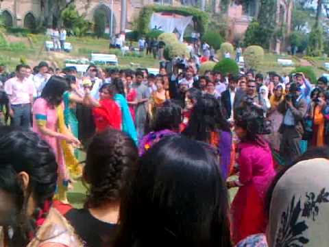 gc university lahore dance