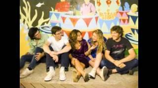 getlinkyoutube.com-Boys (RAC Remix)