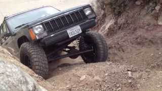 getlinkyoutube.com-K5 Blazer and Jeep Cherokees, Azusa Canyon