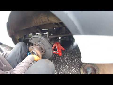 Как поменять задней полуоси подшипник Mercedes Sprinter to change the rear axle bearing