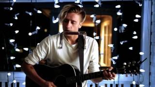 "getlinkyoutube.com-Skylar Bouchard - Oh My God (""The Wooden Sky"" live cover)"