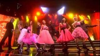 getlinkyoutube.com-Girls Aloud - Biology (Smash Hits Poll Winners Party 2005)