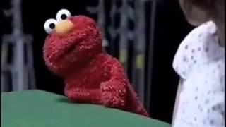 getlinkyoutube.com-La verdadera identidad de Elmo!!! ( E )