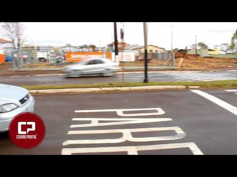 Atenção motoristas - Nova sinalização na rotatória do cruzamento da avenida Santos Dumont, com avenida Mauro Móri