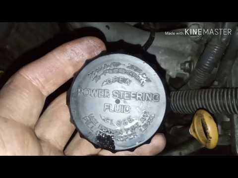 Замена жидкости в ГУР и чистка бачка в Тойота Карина Е