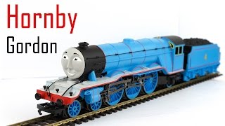 Unboxing the Hornby Gordon from Thomas & Friends