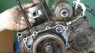 getlinkyoutube.com-Desmontando motor da Tornado 250