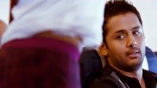Nithya Menon Making Nitin Fool Comedy Scene -  Ishq Movie - Nitin, Nithya Menen width=