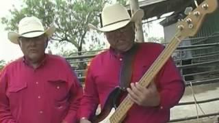 getlinkyoutube.com-Acordeones de Tejas Rancho en La Victoria x264