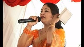 getlinkyoutube.com-Chandna Mera Pahaad (Live Performance) - Hit Garhwali Video Meena Rana