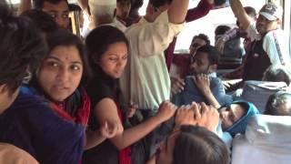 getlinkyoutube.com-বাসে গেঞ্জাম ~~ / Bus-e Genjam