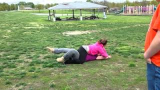 getlinkyoutube.com-Fat girl trying wrestle (hipthrust)