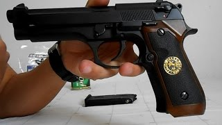getlinkyoutube.com-Test Pistola Beretta M9 Airsoft Full Metal
