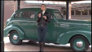 getlinkyoutube.com-Avioes e carros de Elvis Presley,Rebeca Grisi é a primeira a gravar na casa onde Elvis nasceu.