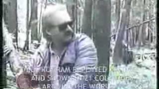 getlinkyoutube.com-Extraterrestre devora un perro y ataca a medico - 1