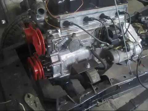 Мотор и топлевный бак на газ 69.