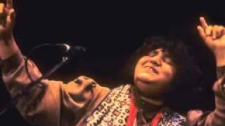getlinkyoutube.com-Sindhi Song-Abida Parveen-Dadha Naaz Sajjan.flv