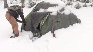 Warmest Winter Survival Shelter -  Deep In Bear Country