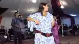 getlinkyoutube.com-أجمل رقص شعبي مغربي Maroc chaabi dance chikhat   YouTube