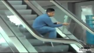 getlinkyoutube.com-Unglaubliche Unfälle Extrem lustig!!!!