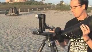 getlinkyoutube.com-Trey Ratcliff shows how to use a Gimbal Tripod Head