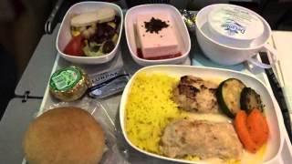 getlinkyoutube.com-アキーラさん利用⑤エミレーツ航空・マルタ→ドバイ(キプロス経由)機内食!EK108・Emirates airlines from Malta to Dubai