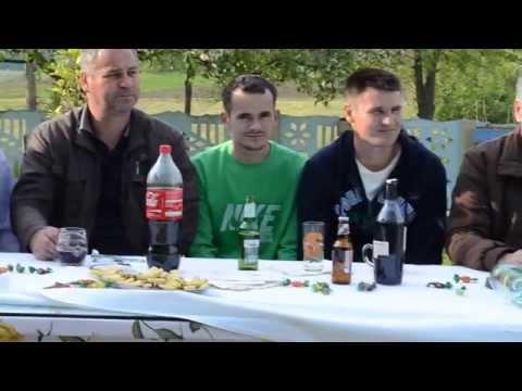 Muzika Uživo Kod Famelije Džanić U Poljani 19.04.2014.god