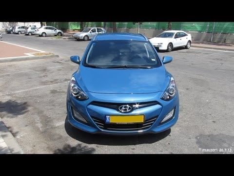 New 2013 Hyundai i30 CW Tourer Blue