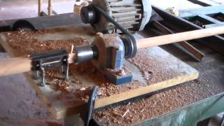 getlinkyoutube.com-Como arredondar madeiras p\ fazer peças de  artesanato ( 1 de 3 )