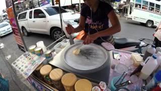 Ice Pan - Ice cream made on Phuket streets in Thailand (Ice Cream Rolls)