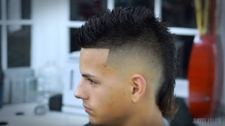getlinkyoutube.com-Modern Mullet Siete-Hawk Hairstyle -How to Faux Hawk Tutorial
