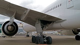 getlinkyoutube.com-AirSide Spotting : AirFrance B772 F-GSPQ Operations at Clermont Auvergne Airport