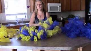 getlinkyoutube.com-Spiral Curls, Deco Mesh Wreath tutorial