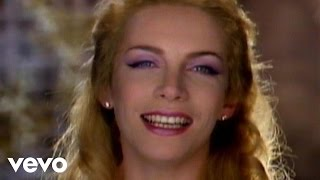 getlinkyoutube.com-Eurythmics - There Must Be An Angel (Playing With My Heart)