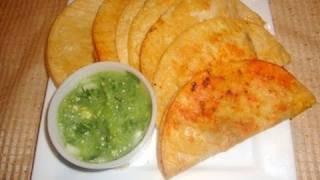 getlinkyoutube.com-Receta de tacos de canasta preparación de los guisados parte 1/2 - La receta de la abuelita