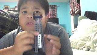 How to make a Lego butterfly knife !