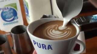 getlinkyoutube.com-2014 Australian Latte Art Champion Rie Moustakas