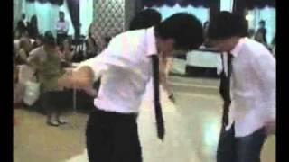 getlinkyoutube.com-رقص جميل من الموروث التركي في حفلة زفاف .
