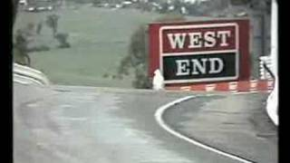 getlinkyoutube.com-Bathurst 1987 - Brocky in the wet