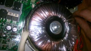 getlinkyoutube.com-Dr. Griggs Mackie SRM-450 Volume control Repair. Ep.3